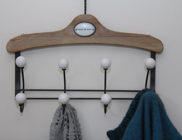 Westering_clothes hanger_IMG_4695